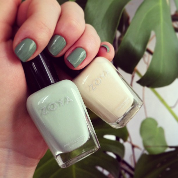 Zoya: Neely and Jacqueline. На ногтях YSL - 34 Jade Imperial.
