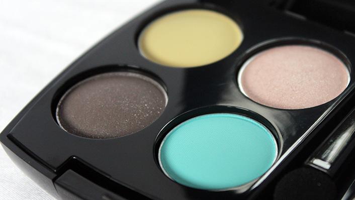 Тени Недели: четверка Avon Eyeshadow Quad Awakening